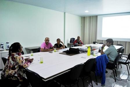 Mesa diretora do Sindsul realiza reunião para análise e alterações no Estatuto do Sindicato