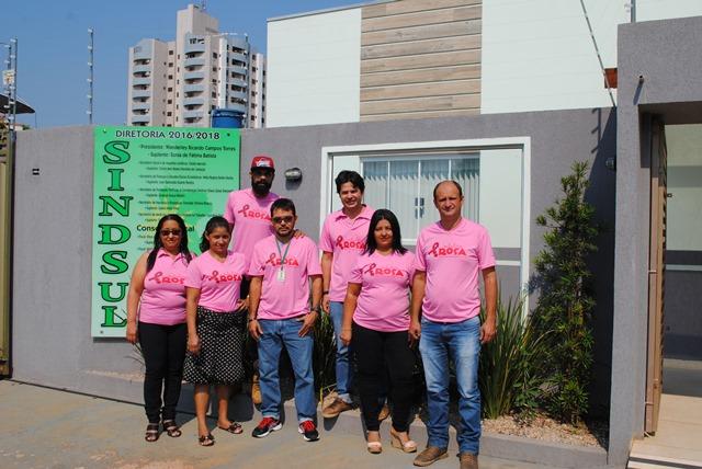 Equipe Sindsul adere campanha contra o câncer de mama