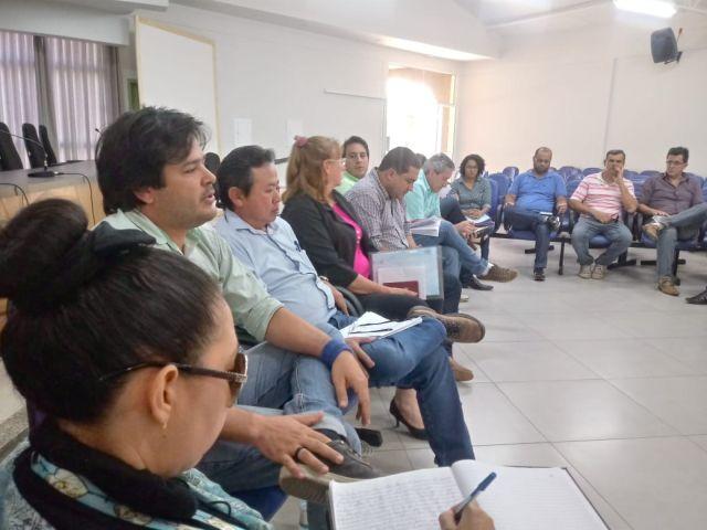 Sindsul e prefeito se reúnem para tratar do PCR dos servidores; Assembleia será agendada entre filiados