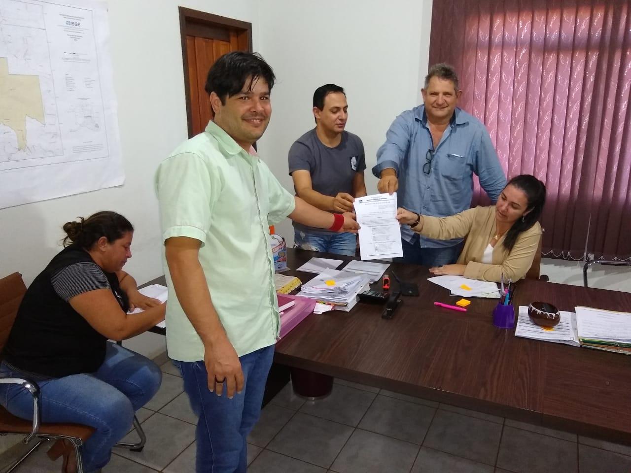 Chupinguaia: Após decisão da Justiça Sindsul vai a Chupinguaia e prefeita garante equiparação dos ACS